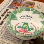ブラータチーズは激レアふわとろ食感のイタリアン・フレッシュチーズ♪巾着状のクリーミィ・モツァレラ!